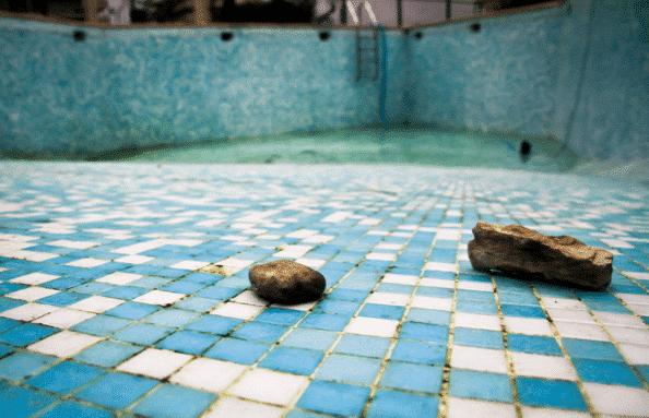 Vidange de ma piscine : la fausse bonne idée !