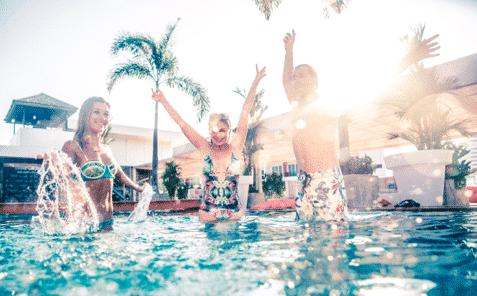 Top 5 des Jeux piscines pour un apéro de folie !